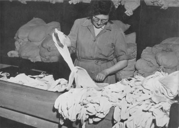 Counting stockings before dyeing